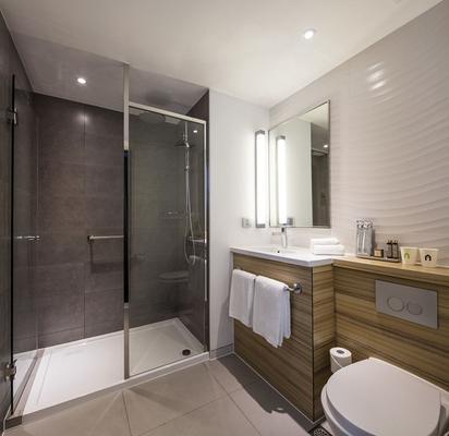 康铂酒店-勒阿弗尔中心 - 勒阿弗尔 - 浴室