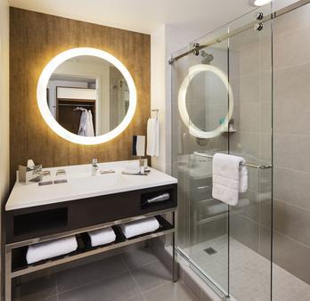 布卢明顿凯悦丽景酒店 - 布卢明顿 - 浴室