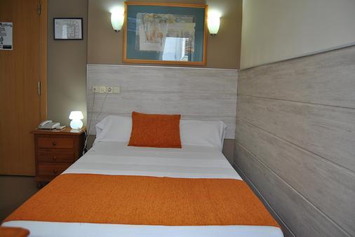 圣洛伦索旅馆 - 马德里 - 睡房