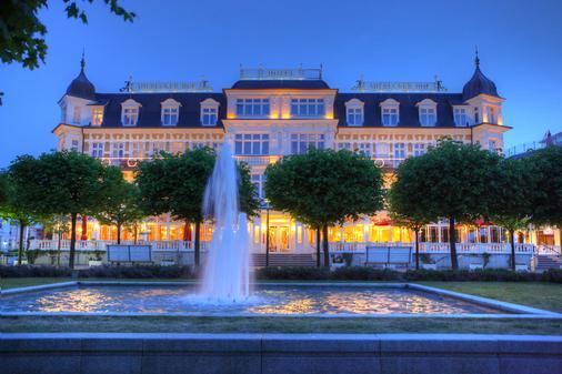 阿尔贝克霍夫斯特尔酒店 - 塞巴特黑灵斯多夫 - 建筑