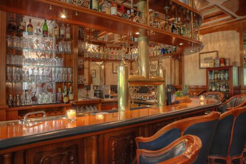 阿尔贝克霍夫斯特尔酒店 - 塞巴特黑灵斯多夫 - 酒吧