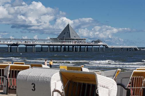 黑灵斯多夫斯特尔酒店 - 塞巴特黑灵斯多夫 - 海滩
