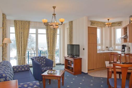 奥斯特西阿尔贝克西特尔酒店 - 塞巴特黑灵斯多夫 - 客厅
