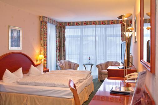 阿尔贝克奥斯酒店 - 塞巴特黑灵斯多夫 - 睡房