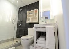 华盛顿高地边缘酒店 - 纽约 - 浴室