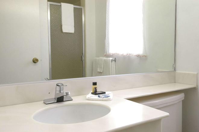 欧雷卡旅游旅馆 - 尤里卡 - 浴室