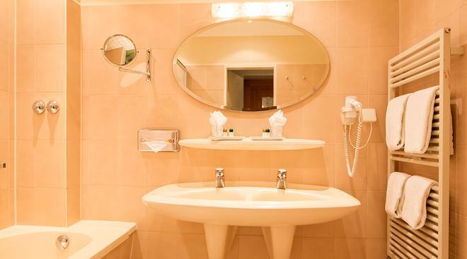 凯瑟霍夫中央酒店 - 汉诺威 - 浴室