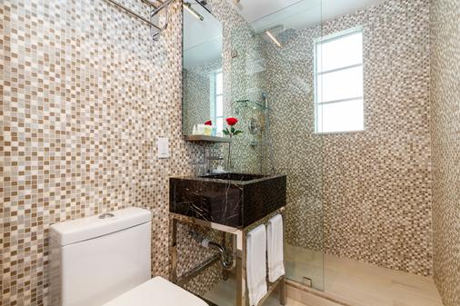 L酒店 - 迈阿密海滩 - 浴室