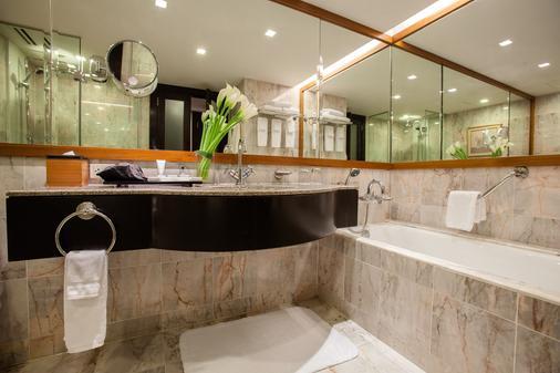 曼谷jw万豪酒店 - 曼谷 - 浴室