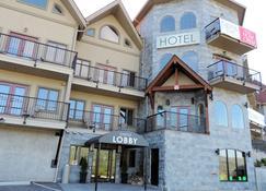 天鹅湖城堡酒店 - 弗农 - 建筑