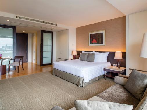 察殿恩博利豪华酒店 - 曼谷 - 睡房