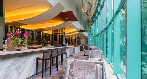 橡树河畔曼谷酒店 - 曼谷 - 酒吧