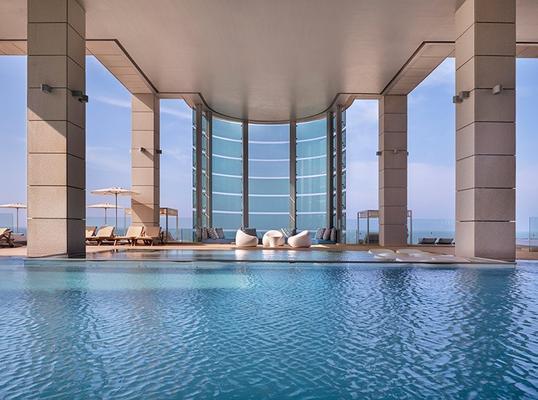 皇家海滩特拉维夫伊斯洛特酒店 - 特拉维夫 - 游泳池