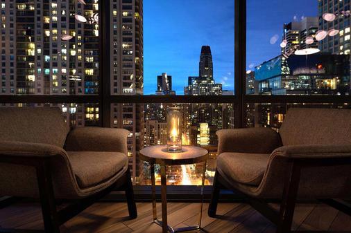 戴纳温泉酒店 - 芝加哥 - 阳台
