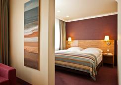 阿尔托那拉斐尔贝斯特韦斯特酒店 - 汉堡 - 睡房