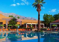 棕榈泉万丽酒店 - 棕榈泉 - 游泳池