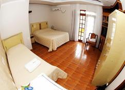珊瑚旅馆 - 佩尼亚 - 睡房
