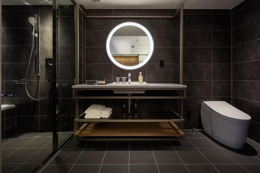心斋桥法拉格酒店 - 大阪 - 浴室