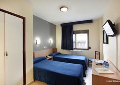 毕百诺酒店 - 贝尼多姆 - 睡房