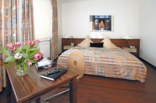 纽豪斯酒店 - 多特蒙德 - 睡房