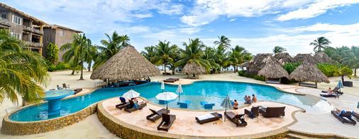 摩根船长度假酒店 - 圣佩德罗 - 游泳池