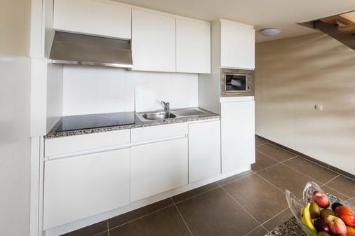 阿拉斯商务公寓式店 - 安特卫普 - 厨房