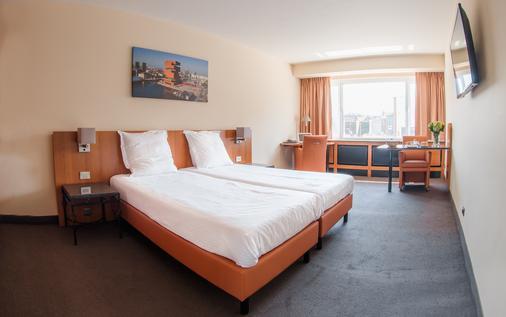 阿拉斯酒店 - 安特卫普 - 睡房