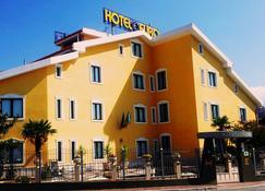 欧元酒店 - 圣乔瓦尼·罗通多 - 建筑