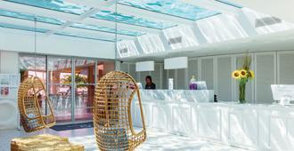 费格斯式帕尔玛诺瓦酒店 - 仅限成人 - 帕尔马诺瓦 - 柜台
