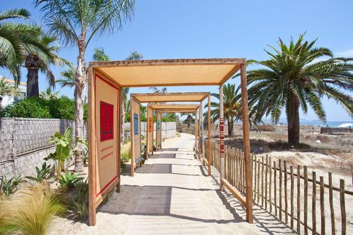 弗格斯风格巴哈马酒店 - 圣乔治 - 海滩