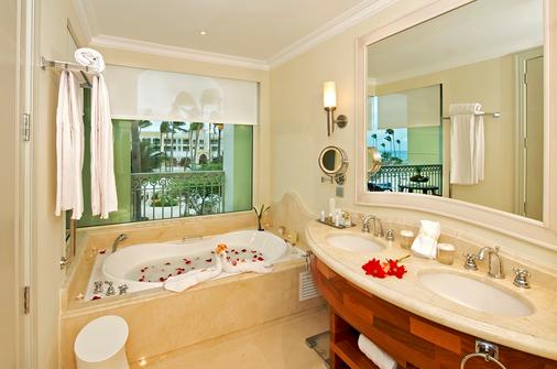 伊贝罗斯塔巴瓦罗大酒店 - 蓬塔卡纳 - 浴室