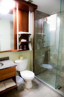乐多芬魁北克套房和酒店 - 魁北克市 - 浴室