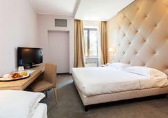 埃瑞尔酒店 - 罗马 - 睡房