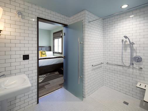 徒步旅行者旅馆 - 圣巴巴拉 - 浴室