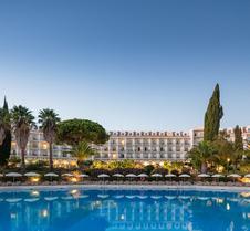 佩尼娜高尔夫度假酒店