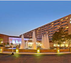 亚当马克布法罗尼亚加拉大酒店
