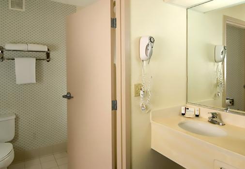 奥兰多机场万豪费尔菲尔德套房酒店 - 奥兰多 - 浴室