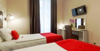 贝尔格莱德市酒店 - 贝尔格莱德 - 睡房