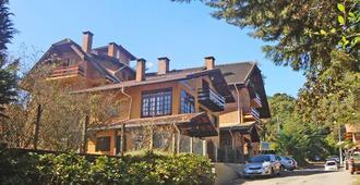 基拉索波萨达酒店 - 蒙特贝尔德 - 建筑