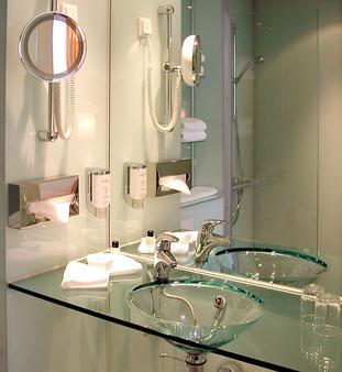 柏林米特华美达酒店 - 柏林 - 浴室