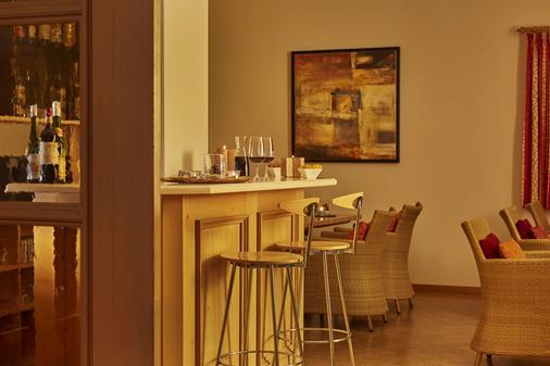 恩格尔贝格桑温德霍夫H+酒店 - 英格堡 - 酒吧