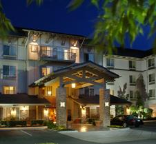 贝勒维拉克斯普兰廷全套房酒店