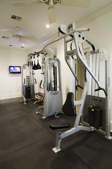 梅尔罗斯酒店及套房 - 新奥尔良 - 健身房