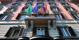 梅斯纳特宫酒店 - 罗马 - 建筑