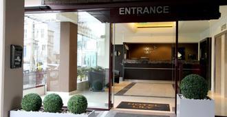 伦敦百合酒店 - 伦敦 - 建筑