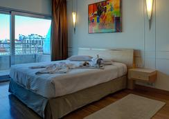 瑞卡高级行政别墅酒店 - 里斯本 - 睡房