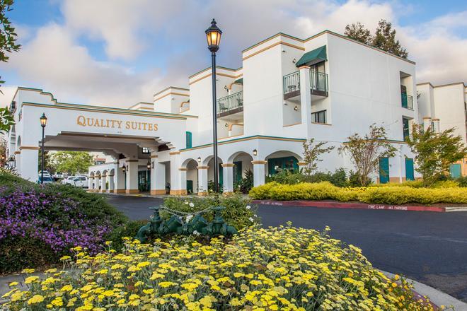 圣路易斯奥比斯波品质酒店 - 圣路易斯-奥比斯保 - 建筑