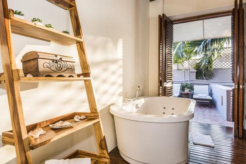 阿南达精品酒店 - 宇宙酒店集团 - Cartagena - 浴室