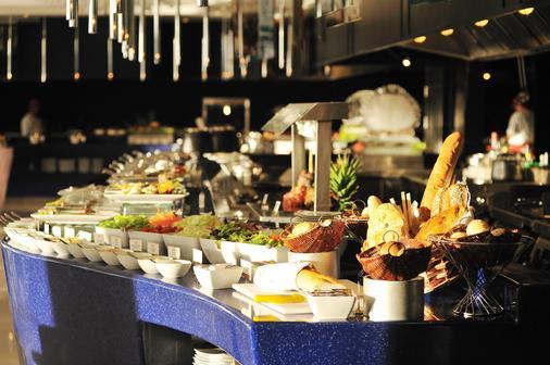 曼谷湄南河畔华美达广场酒店 - 曼谷 - 食物