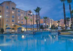 弗恩代尔-皇家橡树温德姆贝蒙特酒店 - 奥兰多 - 游泳池